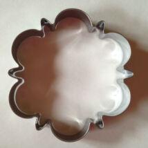 Nagy klasszikus kekszkiszúró forma süteménypecséthez 9 cm