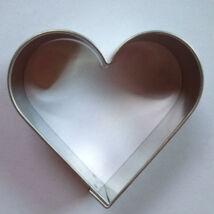 Szív alakú szaggató, sütemény kiszúró 5,5 cm