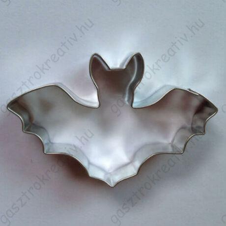 Denevér kiszúró halloween süti forma 8 cm