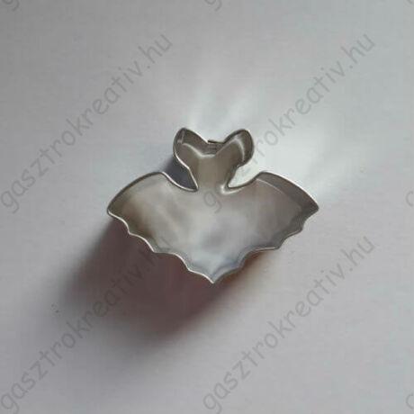 Halloween kiszúró forma kis denevér 4,2 cm