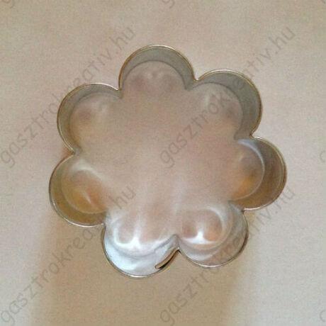 Virág alakú süti kiszúró, linzer kiszúró 3,8 cm
